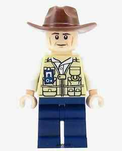 LEGO Jurassic World Vet Minifigure with Hat Fedora From Set 75919