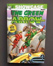 Showcase present The Green Arrow Volume 1 en anglais. 500 Pages. Dc comics 2006