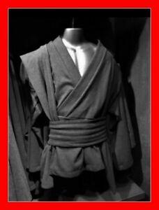 NEW Star Wars Galaxy's Edge Adult Jedi Black Tunic Cosplay Costume Size 2XL/3XL