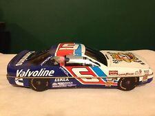 NASCAR Vintage Collectible Storage Tin - Valvoline #6 Mark Martin 1995