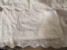 Superbe ! dentelle broderie anglaise 100% coton  blanc 24 cm de large