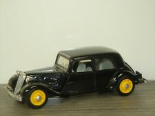 1938 Citroen Traction AV Berline - Eligor France 1:43 *41719