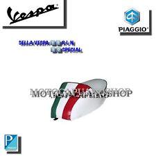 Selle blanc avec et bosse bande tricolore VESPA 50 SPECIAL N R L P0010TB