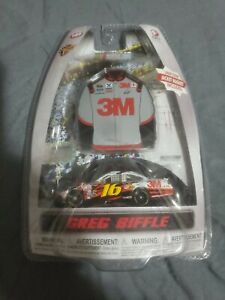 Greg Biffle 1/64 3M Diecast With jacket  Magnet 2010 Winners Circle Die Cast New