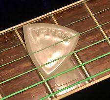 V-Picks Large Pointed – Guitar & Mandolin Pick. Luminescent.