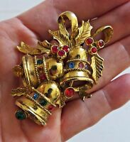 Vintage 70's BEATRIX Large Christmas Tree Bells Pin Brooch Gold Tone Rhinestones