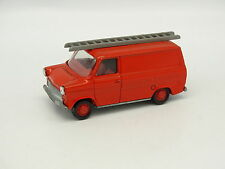 Schuco 1/66 - Ford Transit Echelle Rouge