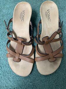 Vionic leather strap wedge heel sandal-size 9