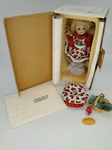 "Marie Osmond ""Strawberry Blonde"" Petite Amour Doll EUC see description"