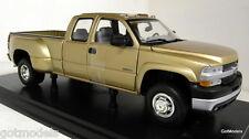 Anson 1/18 Scale 30394 Chevrolet Silverado 3500 gold metallic diecast model car