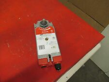 HONEYWELL LENNOX DAMPER MOTOR 56M8101 NEMA2 24V VOLTS 14 VA 50/60HZ USED