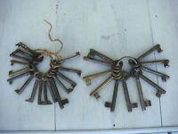 RRR RARE  Lot of 27 Antique Cast Iron Skeleton Keys