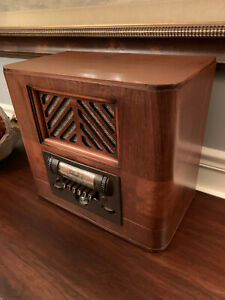 1939 Wards Airline 93BR-657A Model 62-657 Working Radio