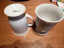 2 Kakao Becher  Kaffeebecher  Geschirr Becher Farbe:Weiß AM/63 P.O Box