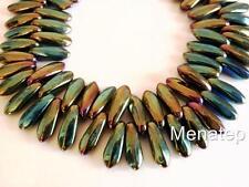 50 3 x 10 mm Czech Glass Daggers: Iris - Green