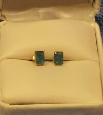 14KT YELLOW GOLD EMERALD SOLITAIRE POST PIERCED EARRINGS 6 mm x 4 mm