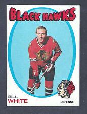 1971 Topps #11 Bill White Chicago Black Hawks NM-MT to NM-MT Plus (OC)