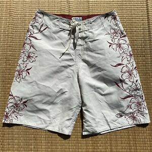 Quiksilver Edition Floral Hawaii Cloudy White Red Boardshorts Mens Sz 32
