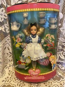 Vintage Disney Alice In Wonderland Boxed