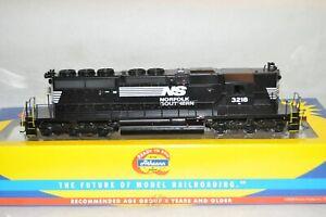 HO scale Athearn RTR Norfolk Southern Ry EMD SD40-2 HIGH  HOOD locomotive train