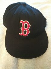 """Boston Red Sox """"New Era 59/50""""` FITTED 7 1/8 CAP ON FIELD"""