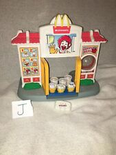 1999 Playskool McDonalds Drive Thru Playset W/ 1990 McDonald's Transformers