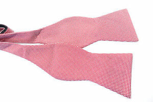 TOMMY HILFIGER DOTTED TEXTURE RED 13 3/4 18 SILK NECK BOW TIE MENS NWT NEW