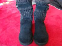 WOMEN'S UGG AUSTRALIA SUEDE BOOTS WITH KNITTED TOP BLACK.... Sz 8