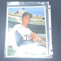Tony Oliva Signed 8x10 Photo - Minnesota Twins Baseball
