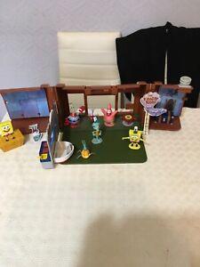 Spongebob squarepants Crusty Crab restaurant with figures