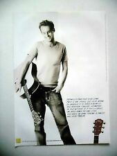 PUBLICITE-ADVERTISING :  Guitare TAYLOR  12/2005