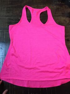 Athleta Tank Top Sleeveless Racerback Athletic Workout Pink Geometric Size M