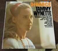 "Vintage 1968 Tammy Wynette ""D-I-V-O-R-C-E"" LP - EPIC Records (BN-26392) NM"