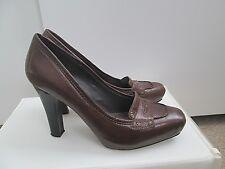 Lovely Bertie Taglia 5 38 Pulsante di pelle marrone scarpe con tacco a stiletto Dettaglio