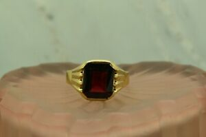 10K YELLOW GOLD EMERALD CUT RED GARNET SOLITAIRE RING BAND SIZE 12 #X10-2297