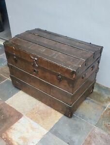 ANTIQUE VICTORIAN 1880' STEAMER STAGECOACH WOOD TRUNK CHEST FLAT TOP WITH WHEELS