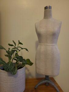 Half scale dress form