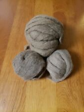 Wool; roving: natural color, natural fiber for spinning or felting, 5ozs.