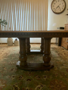 Vintage Solid Wood Dining Table With Leaf - Pillar Legs - Traditional American