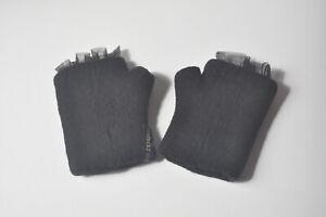 Schwarze RUNDHOLZ Handschuhe Damen Gr. M dicke Virgin Wolle (gekocht) Tüllborde
