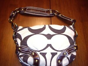 COACH BROWN & WHITE SIGNATURE BOHO BAG cotton leather – Good used condition.  It