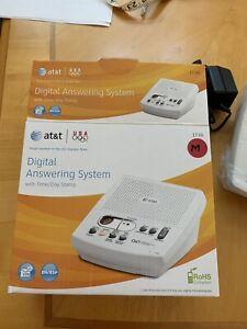 AT&T Digital Answering Machine 1739