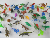 DINOSAURS Vintage Children's Lot of 11 Assorted Plastic Miniature Figures!!