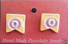 Vintage Handmade Porcelain Earrings in Pale Gold and Light Purple