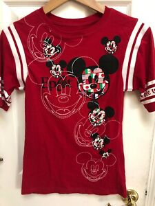 Disney World Epcot Mickey Mouse One World One Mouse Flag  Lady Small Red T-shirt