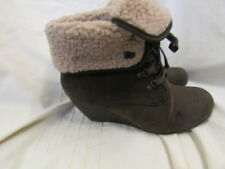 LADIES BLOWFISH ANKLE BOOT SIZE 7