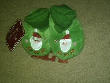 NWT TODDLER GREEN CHRISTMAS SLIPPERS CUFFED FAUX FUR SANTA HO HO HO XS 1-2