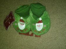 NWT TODDLER GREEN CHRISTMAS SLIPPERS CUFFED FAUX FUR SANTA HO HO HO XS 1-2