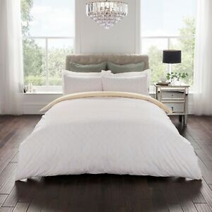 Samantha Faiers Poly-Cotton Duvet Cover with Matching Pillowcase