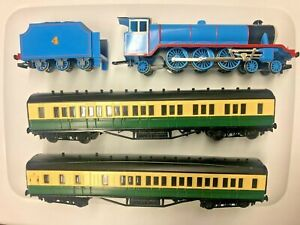 Bachmann HO Train Thomas & Friends Gordon The Big Engine w Passenger Car Set